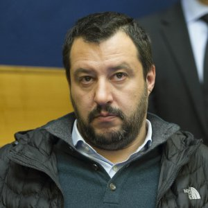 """Italiani uccisi in Libia, Salvini attacca Renzi e Mattarella. Berlusconi: """"No a interventi frettolosi"""""""