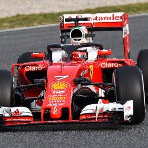 F1, test Barcellona: Raikkonen davanti a tutti al mattino, provato anche 'Halo'