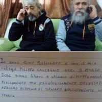 Libia, il biglietto degli ostaggi italiani: ''Siamo liberi''