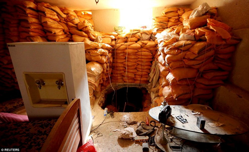 Iraq, dentro i rifugi sotterranei jihadisti: le vie di fuga dagli attacchi aerei