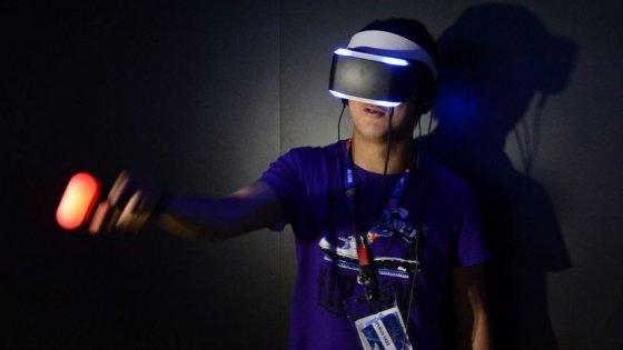 """Anche Intel nella """"corsa alla realtà virtuale"""": avrà il suo visore"""