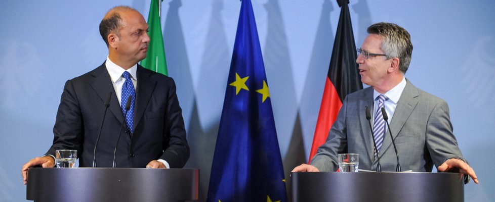"Migranti, lettera di Alfano e Germania a Commissione Ue: ""Serve sistema registrazione"""