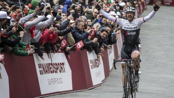 Ciclismo, Strade Bianche: tris di Cancellara