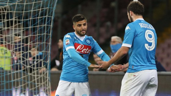 Napoli-Chievo 3-1: gli azzurri tornano a vincere, è aggancio alla Juve