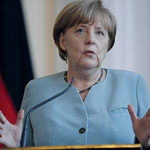 Europa al bivio tra Merkel e Orbán