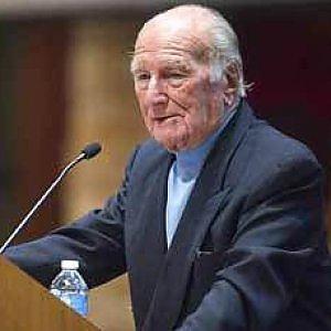 È morto Leonard Berney, il primo ufficiale britannico che liberò il lager di Bergen Belsen