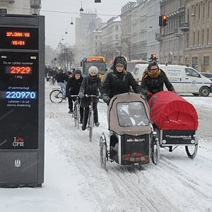 La Norvegia punta 1 mld sulle due ruote. Decollano le autostrade per biciclette