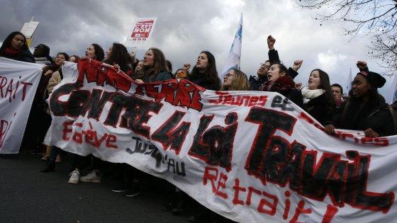 Jobs Act alla francese, i sindacati contro i licenziamenti flessibili