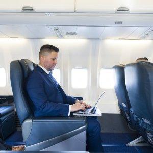 Ryanair in stile pullman: via ai voli privati di gruppo
