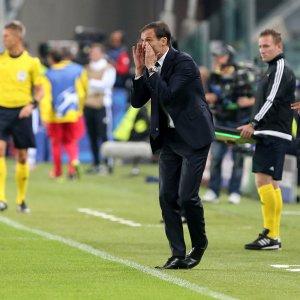 "Juventus, Allegri risponde a Sacchi: ""Gli voglio bene, e poi ha 70 anni..."""