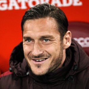 Roma, Totti non si allena: è in arrivo il terzo figlio
