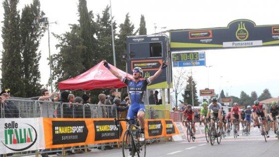Ciclismo, Tirreno-Adriatico: Stybar sorprende Sagan. Nibali dà spettacolo