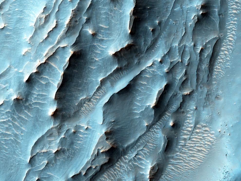 Dieci anni attorno a Marte: le immagini più belle della Nasa