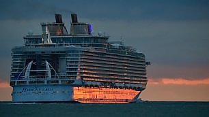 E' salpata la Harmony of the Seas 6.300 passeggeri, è la più grande