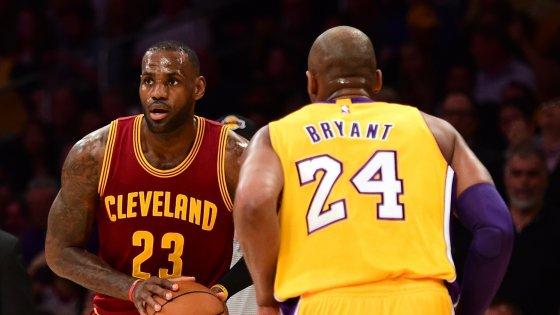 Basket, Nba: Bryant batte LeBron, ma Cleveland è troppo per i Lakers