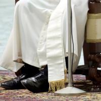 Francesco's style, l'abito (e l'accessorio) fa il Papa
