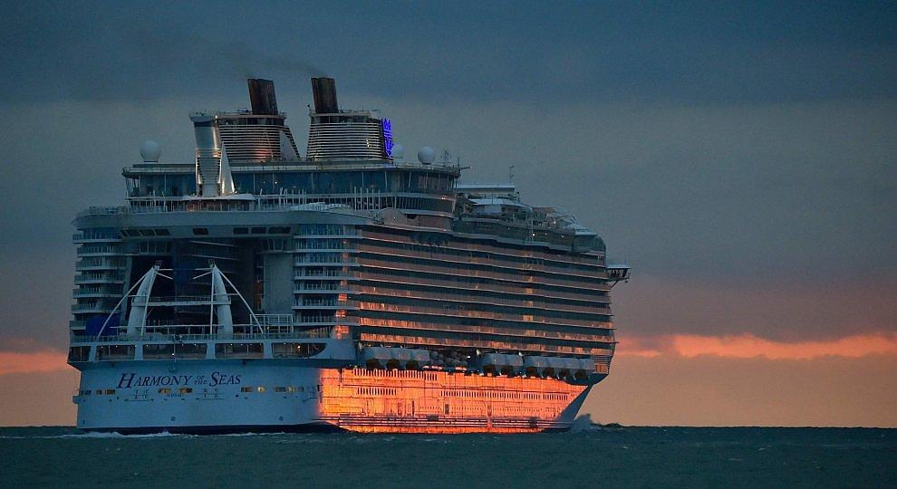 Foto . Harmony of the Seas, la nave più grande che c'è