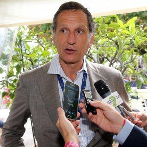 Telecom, Vivendi stringe ancora la presa: sale al 24,9%