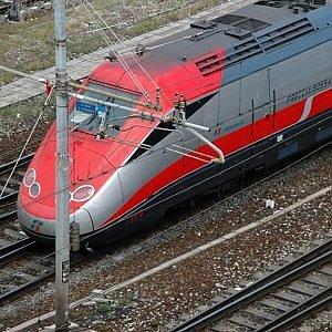 Treni, guasto a sistema di circolazione vicino a Fidenza. Bloccato Frecciarossa