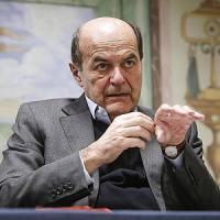 Pd,  Bersani replica a Renzi: