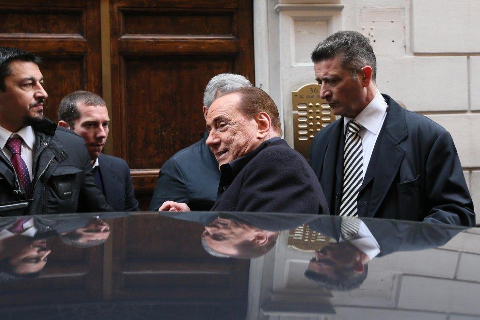 """Roma, anche Berlusconi visita Pannella: """"Da sempre lotta per crescita civile dell'Italia"""""""