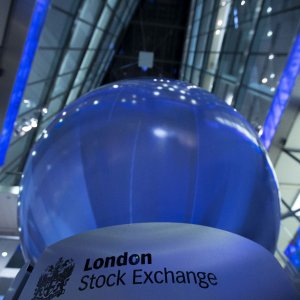 Borse, scocca l'ora della fusione di Londra e Piazza Affari con Francoforte