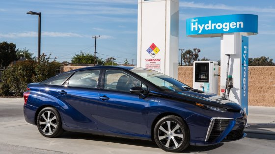 Svolta green per Toyota: l'idrogeno sarà prodotto solo con energia eolica
