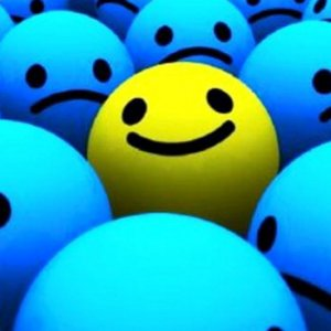 I tuoi amici sono più contenti di te? E' il paradosso della felicità