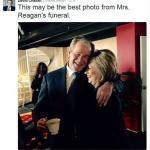L'abbraccio di Hillary e Bush, un boomerang per i dem