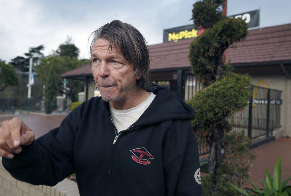 Usa, identifica tre fuggitivi: senzatetto ricompensato con 100mila dollari