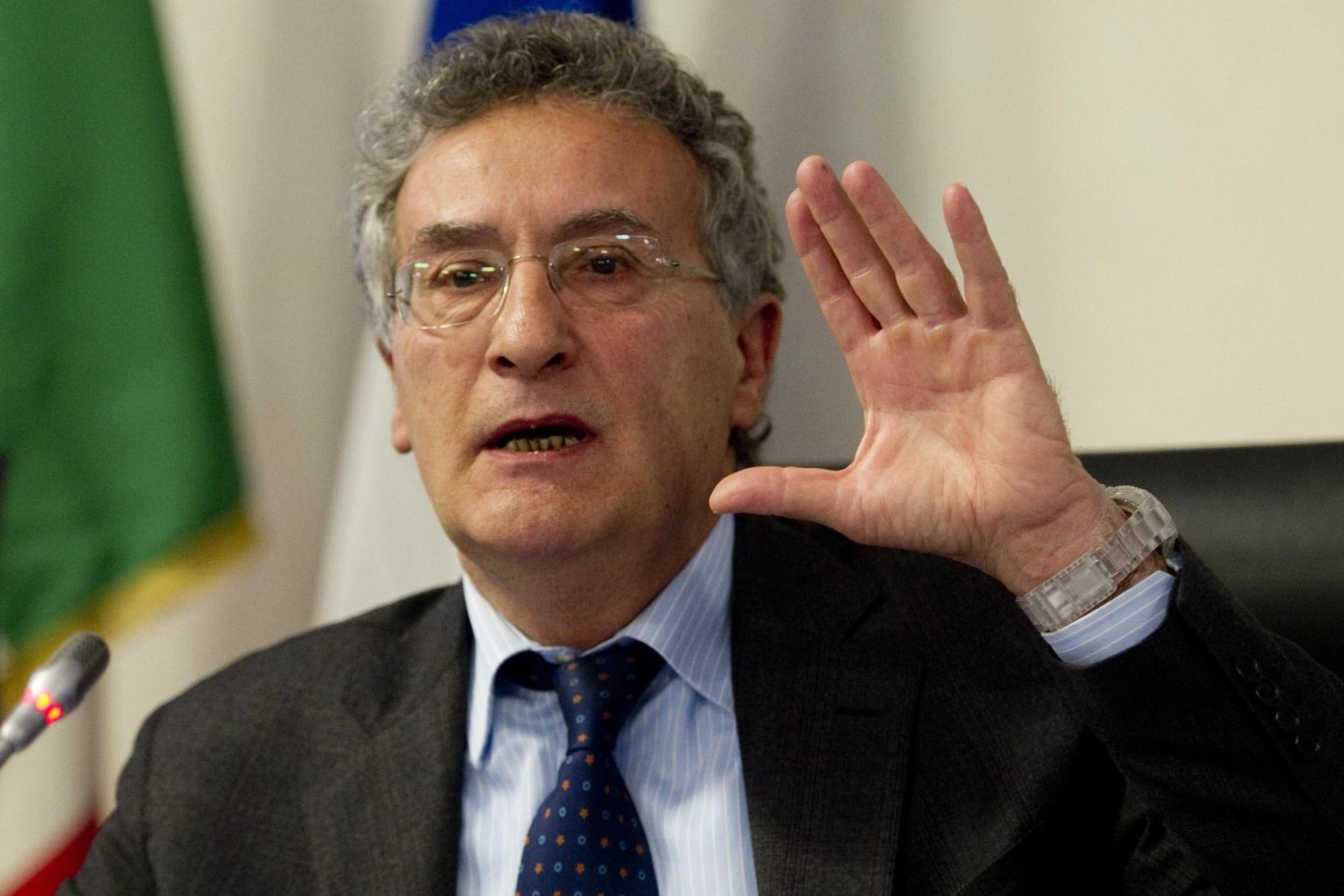 """Franco Roberti: """"La mafia fa affari con gli imprenditori ed è più pericolosa"""""""