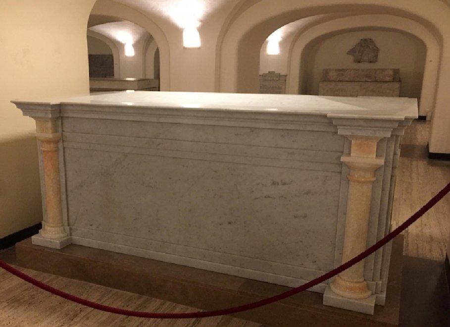 Vaticano, nuova tomba per un Papa nella basilica di San Pietro