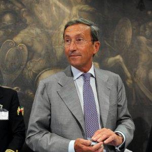 """Fini: """"Meloni presuntuosa e sconclusionata. Berlusconi? Altro che fascisti, non sa innovare"""""""