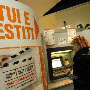 Decreto banche, due giorni in più per pagare le multe con lo sconto via web