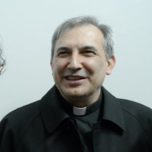 """Vatileaks, il volo segreto a Dubai di monsignor Balda: """"Portò agli 007 cinesi falsi test clinici del Papa"""""""