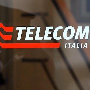 Telecom sotto i riflettori dopo i conti 2015