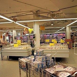 """La denuncia di Confcommercio: """"La burocrazia costa 230 miliardi di Pil"""""""