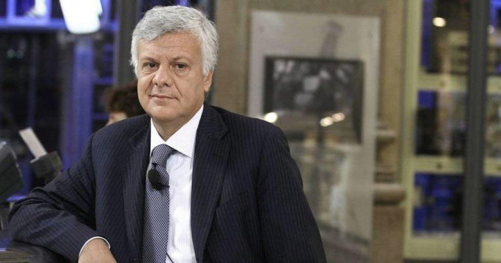 Redditi dei politici: Angelucci il più ricco. Tra i ministri vince Galletti