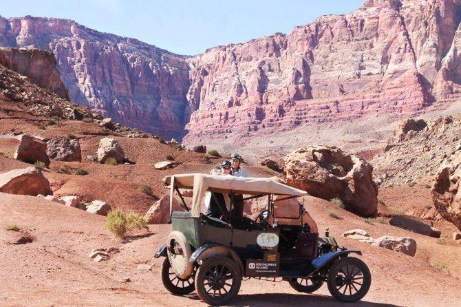 Giro del mondo con una Ford Model T di 100 anni