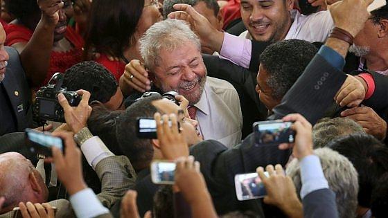 Brasile, guerra di ricorsi contro Lula ministro: la Corte Suprema conferma la sospensione