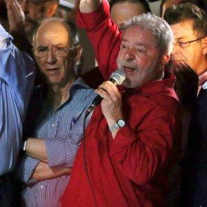 """Luiz Gonzaga Belluzzo: """"Brasile, una pericolosa anomalia giuridica ma il Pt è diventato vecchia politica"""""""
