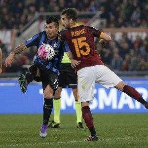 Serie A: la Roma riprende l'Inter, è 1-1