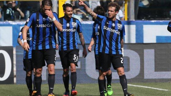 Atalanta-Bologna 2-0, Gomez e Diamanti salvano Reja