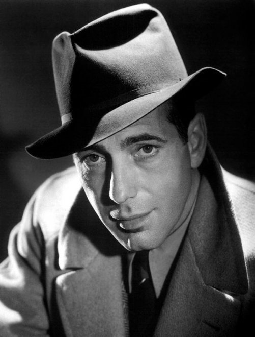 Usa, dal cappello di Humphrey Bogart al giubbotto di Marlon Brando: memorabilia all'asta