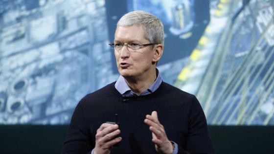 """Apple, Cook traccia la linea sulla sicurezza: """"I buoni siamo noi"""""""
