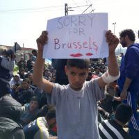 Idomeni, il messaggio del piccolo migrante: