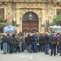 Poletti contro Almaviva:
