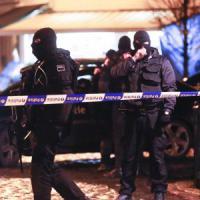 Belgio, caccia ai terroristi dopo gli attentati. Cinque sospettati, quattro nella rete di Salah
