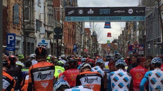 """Ciclismo, """"Attraverso le Fiandre"""": in Belgio lo sport non si ferma"""