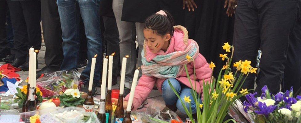 Attacco a Bruxelles, forse italiana tra le vittime. Quattro nel commando: 3 kamikaze, uno in fuga